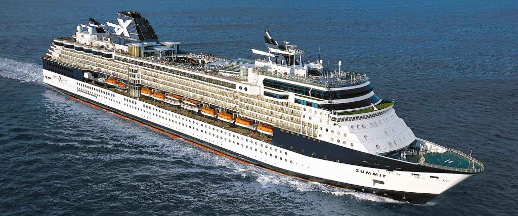 La nave da crociera Celebrity Summit