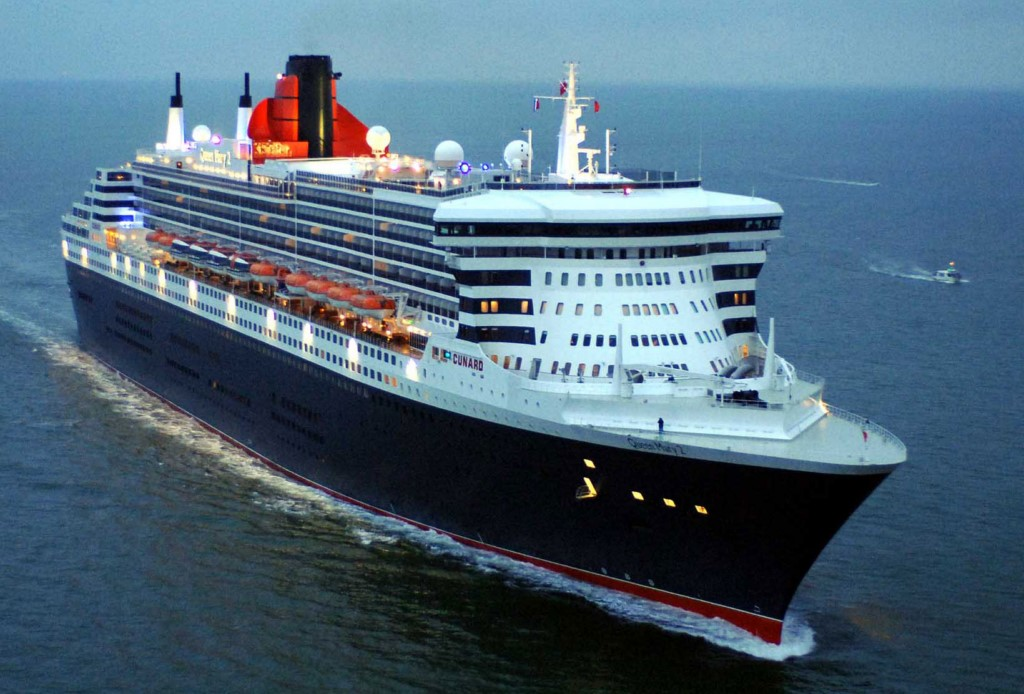 La nave da crociera Queen Mary 2